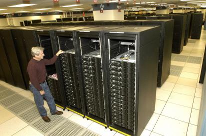 IBM スーパーコンピュータ Roadrunner
